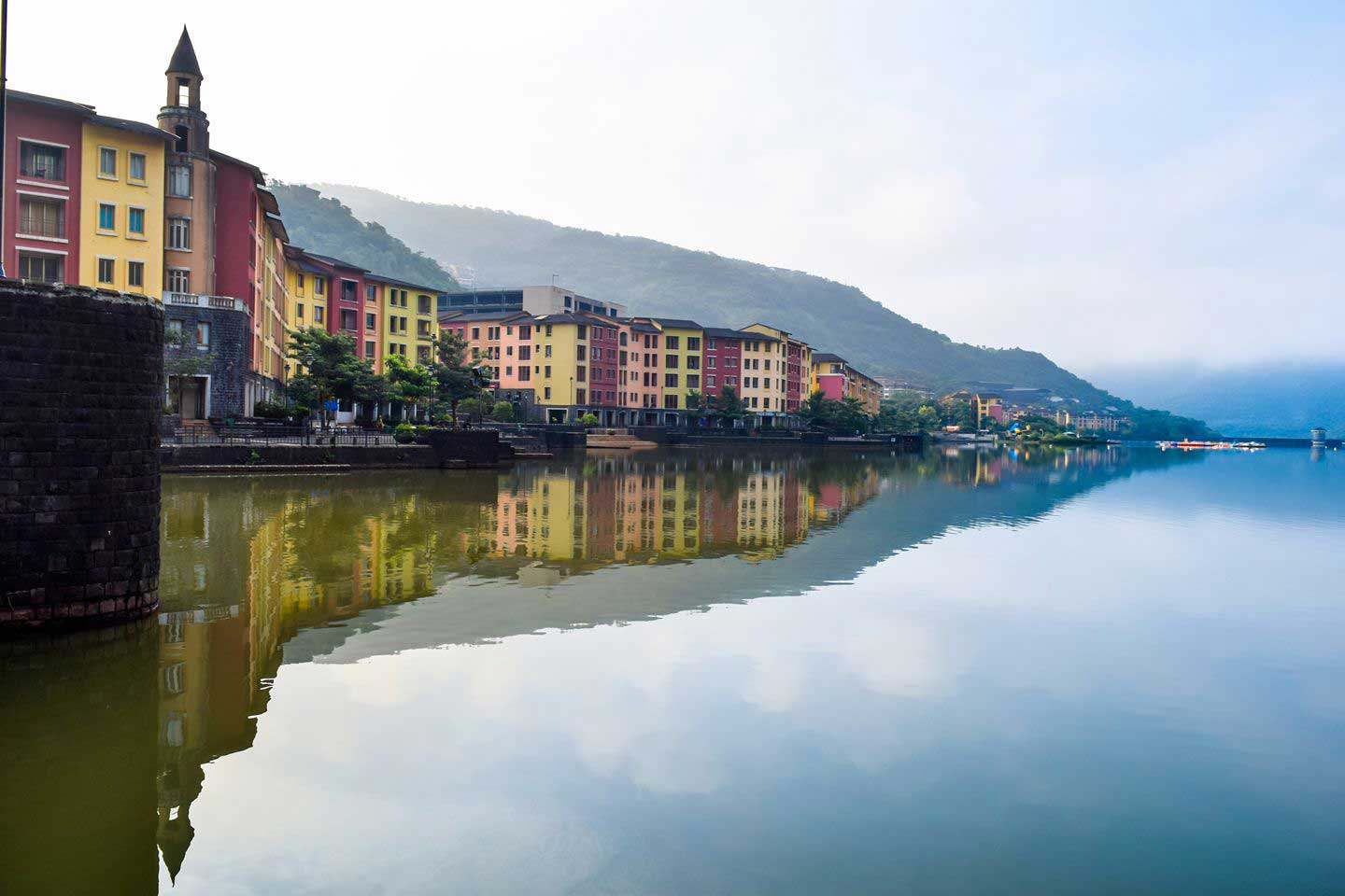 lavasa-city-pune lake view