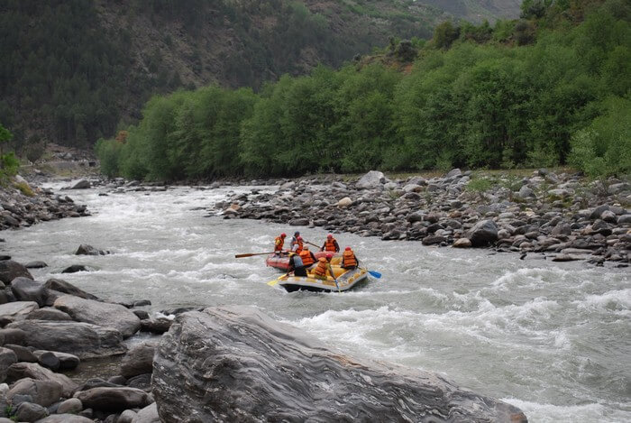 water rafting in manali